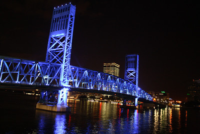 Beautiful Bridge @ Jacksonville Downtown... This place is known as Jacksonville Landing.  Its beauty never stopped calling me again & again to take her photos.... Every time I go, it looks more prettier…